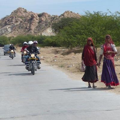 Moto en Inde, femmes indiennes