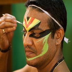 Peinture faciale homme Kerala