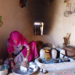Femme village de Siyana